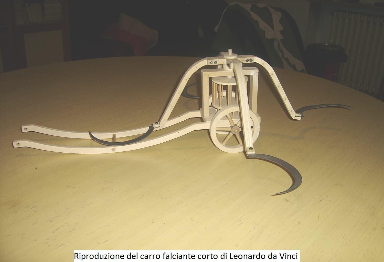 Riproduzione del Carro Falciante Corto di Leonardo da Vinci